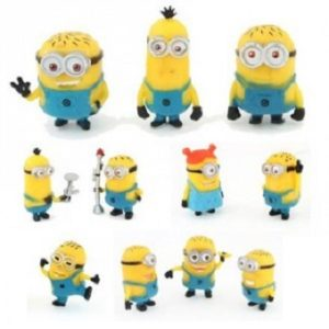 11 figurines Les Minions.