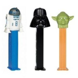 3 PEZ STAR WARS :Yoda, R2-D2 et Dark Vador.