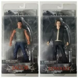 The Twilight ECLIPSE Saga figurines EDWARD + JACOB